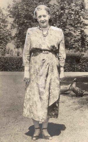 Mabel_Monohan_1953