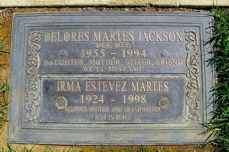 Adventures In Grave Hunting By Lisa Burks Desperately Seeking Dee Dee